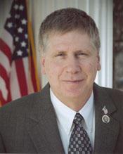 Larry W Kissell