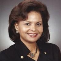 Lisa M Crutchfield