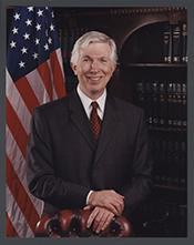 Robert E Cramer Jr
